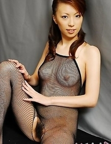 Tomoe Hinatsu in sexy black fishnet