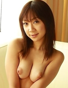 Ryo Akanishi shows her big boobs