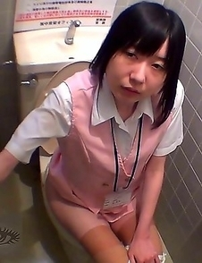 Japanese Piss Fetish Videos - Girls Pissing - Pissing Fish