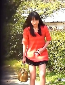 Japanese Piss Fetish Videos - Asian Girls Pissing - Piddle Here, Puddle There 3